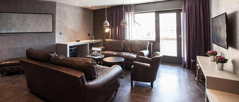 Hotel Pointe Isabelle, Chamonix, France - Lounge area.jpg